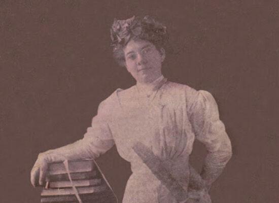 La poeta María Luisa Milanés (1893-2019).