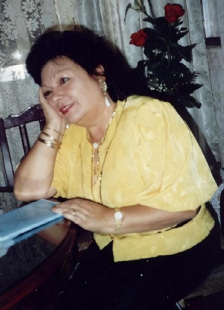 Poeta Isabel Díez Serrano.